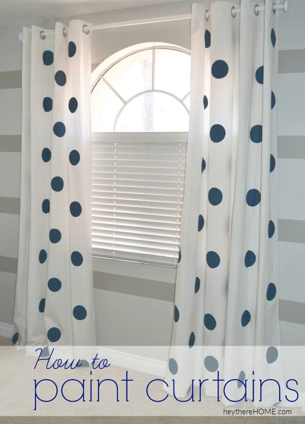 how to paint curtains - easy DIY