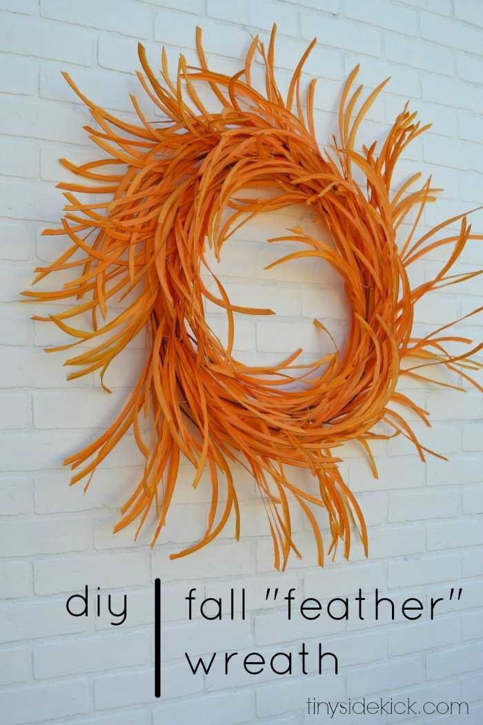 Easy quick DIY fall wreath made from fall leaves that look like feathers! via @heytherehome.com #falldecor #fallwreath #diy