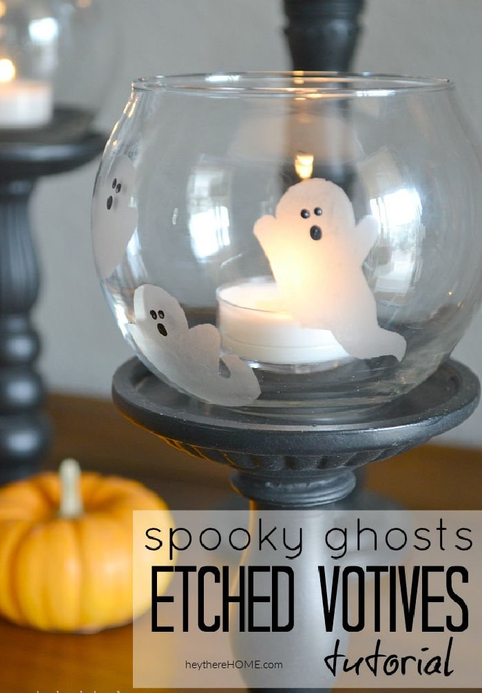 Boo! Cute spooky ghosts etched votives tutorial via @heytherehome.com #Halloween #Halloweencrafts #etchedvotives