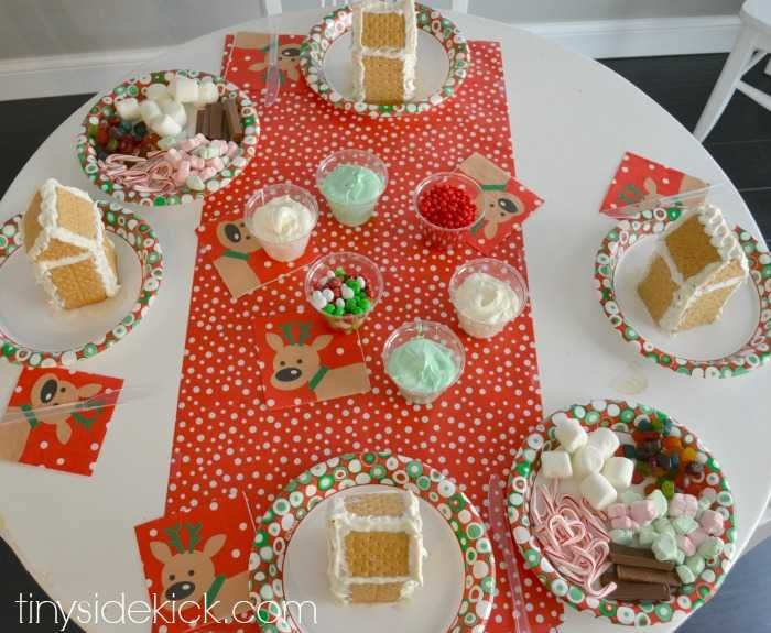 How to host an easy gingerbread house decorating party ginger bread house decorating party solutioingenieria Choice Image