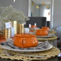 simple and modern fall tablescape