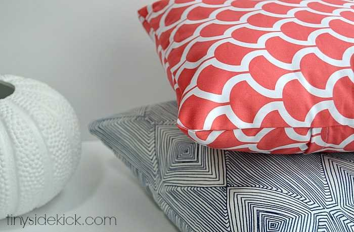how to make an envelope pillow cover Making Accent Pillows