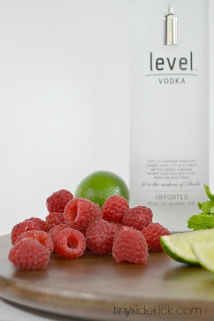 Raspberry Mojito Recipe with vodka in place of rum