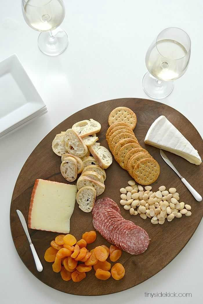 how to put together the perfect cheese board