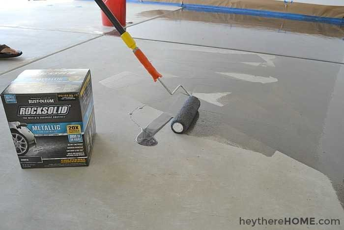 How to paint your garage floor diy garage floor coating rustoleum rock solid solutioingenieria Choice Image