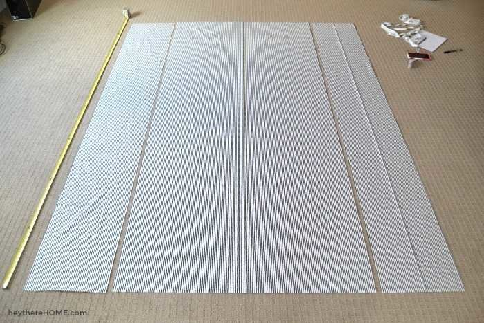 how to lay out fabric to make a twin duvet cover