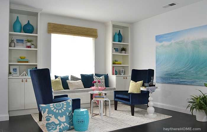 Modern Coastal Sitting Room with built in window seat