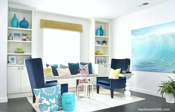 Incorporating a color palette in a living room